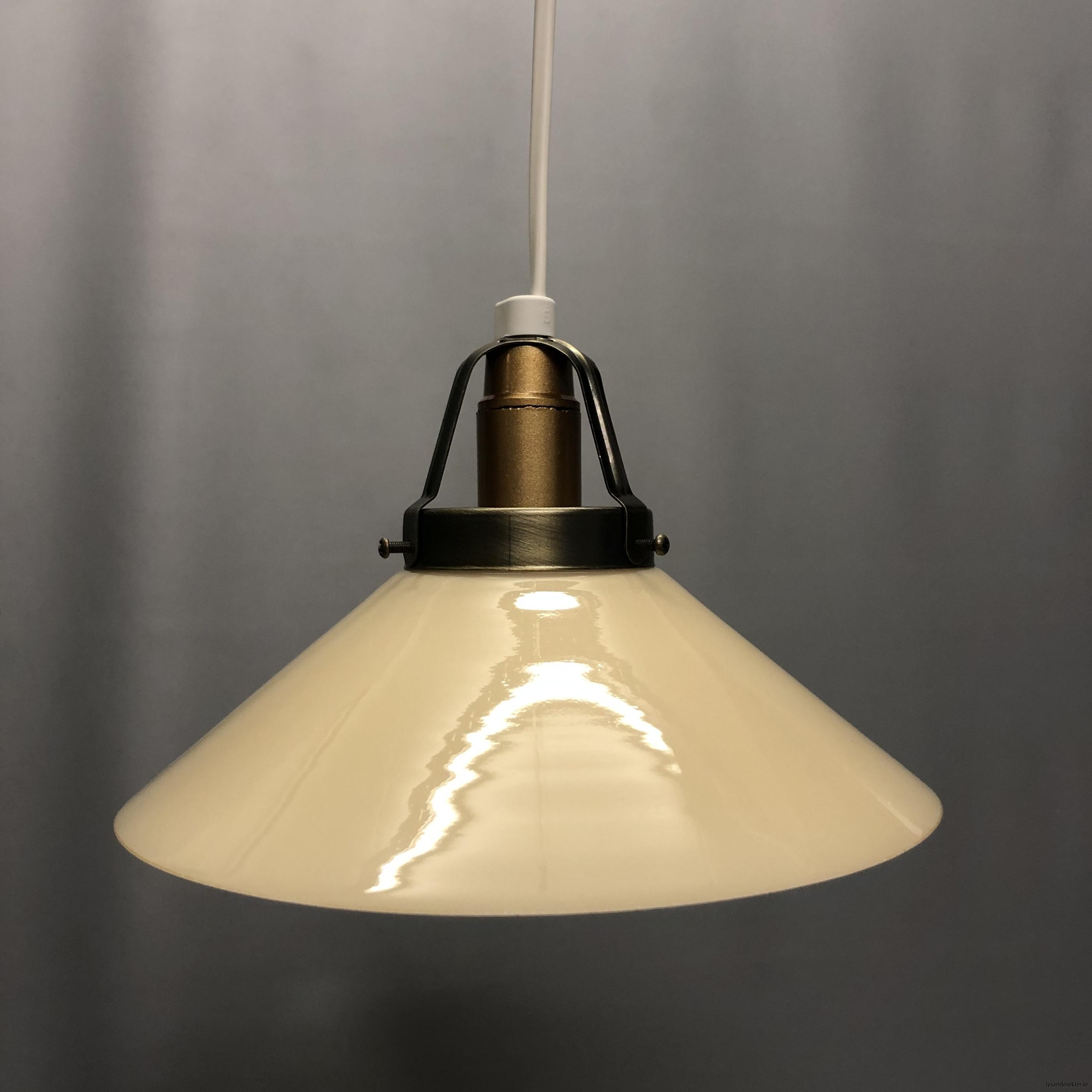 gul skomakarlampa skomakarelampa vanilj beige14