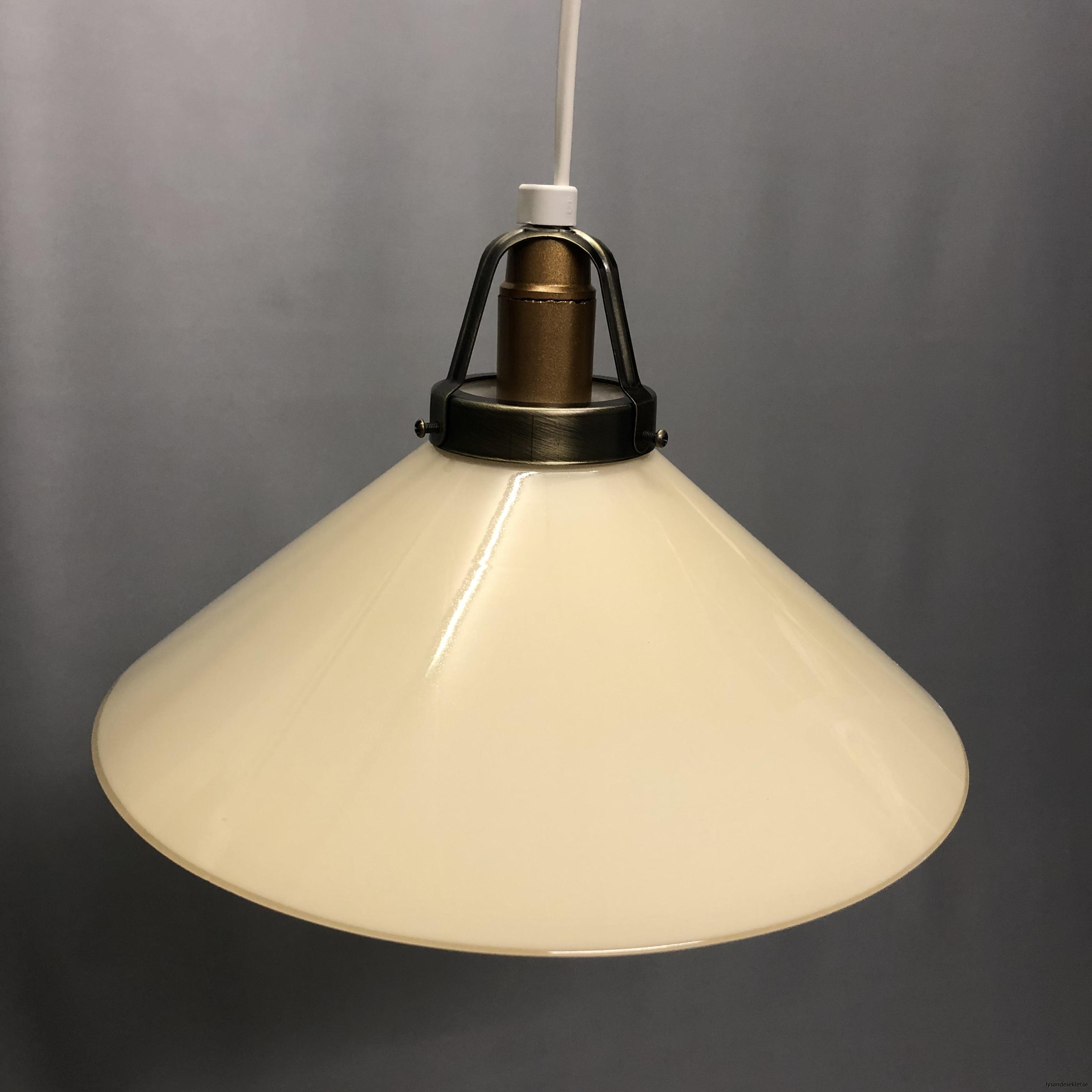gul skomakarlampa skomakarelampa vanilj beige21