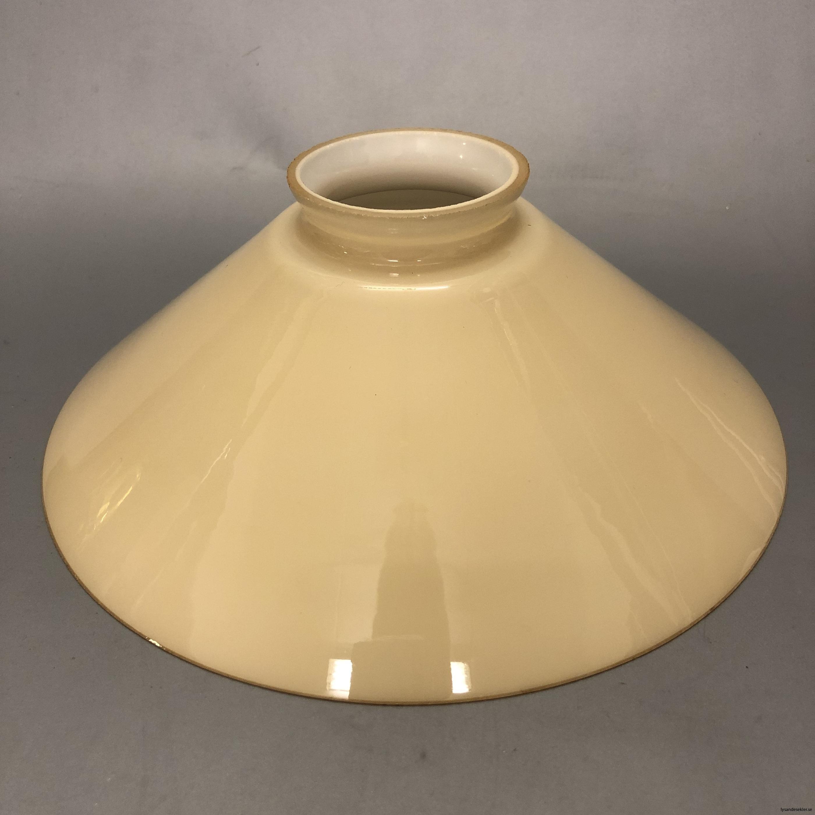 gul skomakarlampa skomakarelampa vanilj beige29
