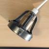Vaniljtonad skålformad skärm med enkelt plastupphäng