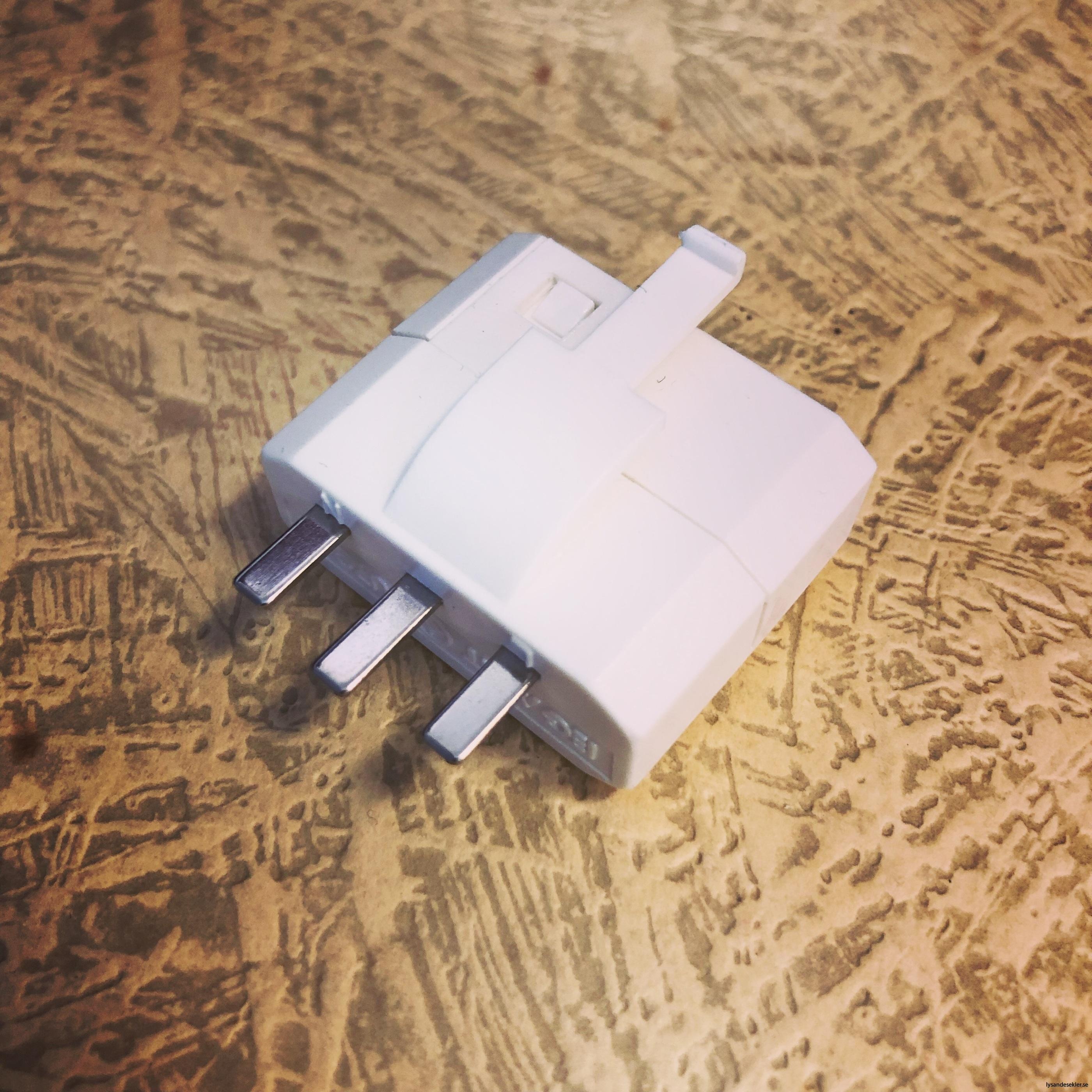DCL kontakt dcl-kontakt för tak lampa1