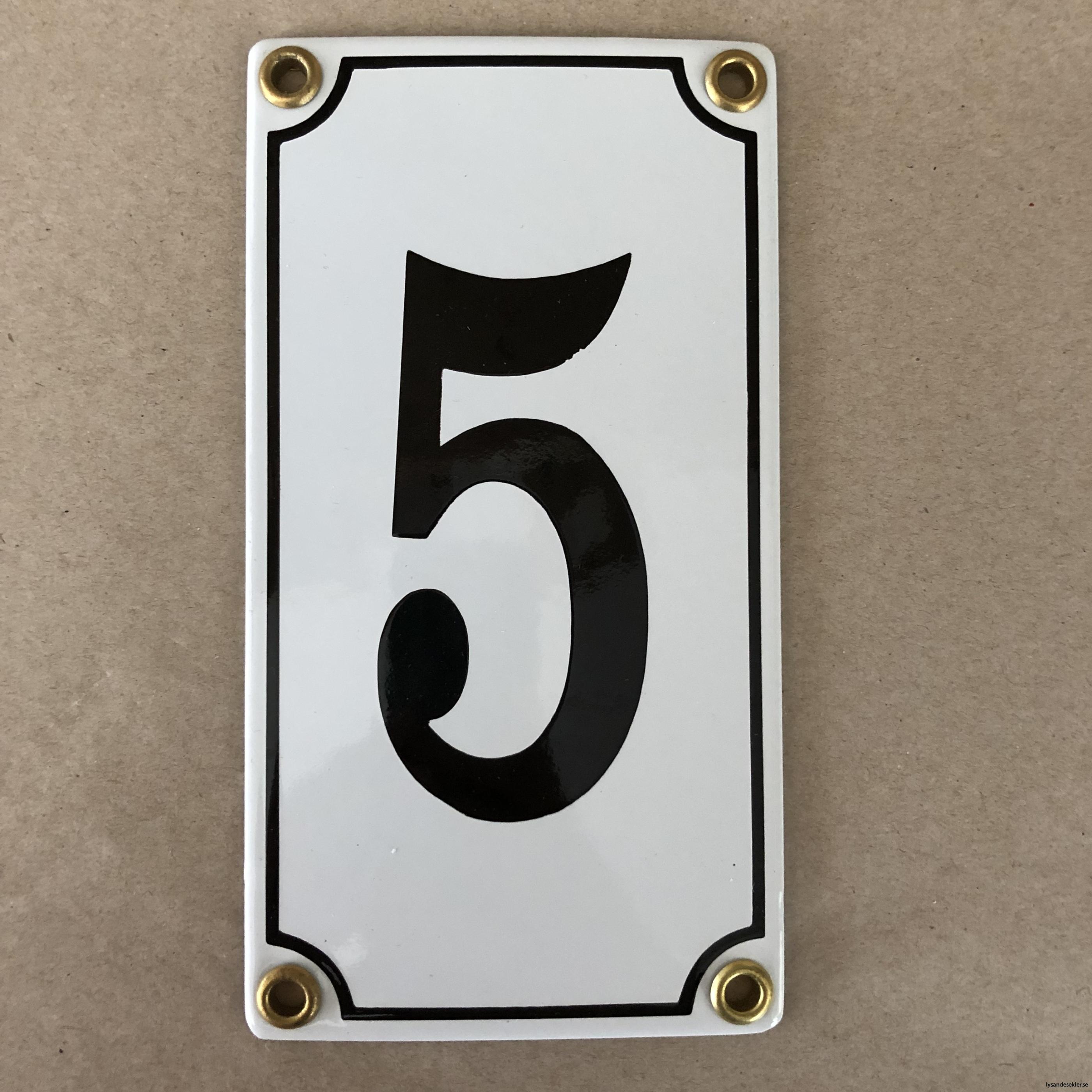 emaljsiffra siffra i emalj fasadsiffra nummer17