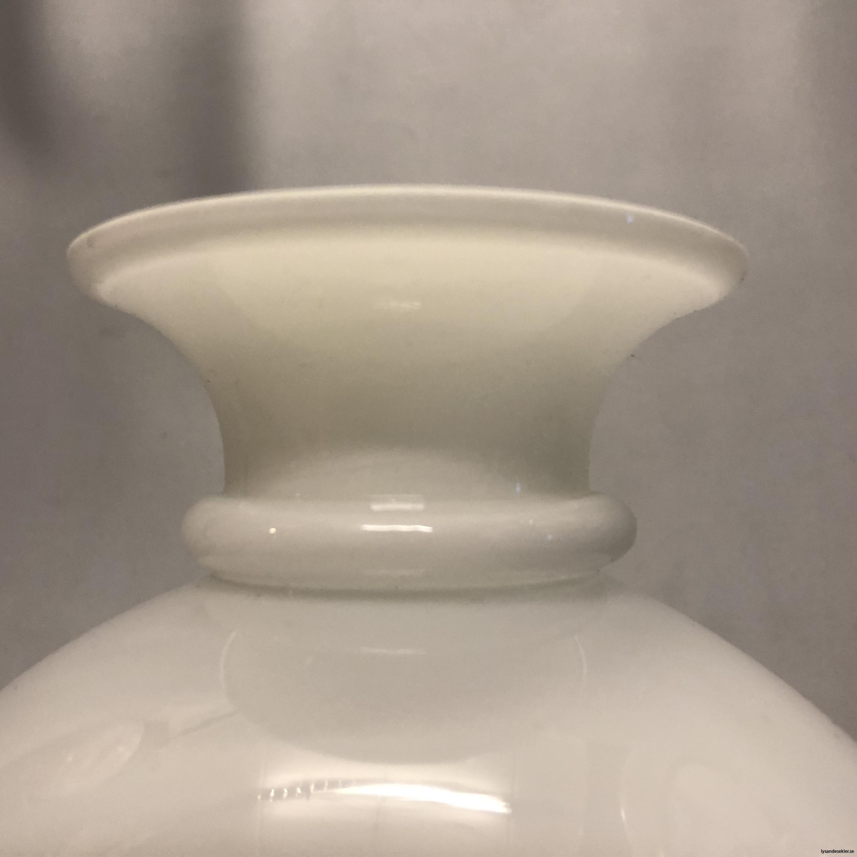 vestaskärm 98 mm vit till fotogenlampa5