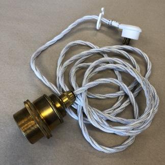 Tygsladdsupphäng vitt/mässing med 2 ringar - Tvinnad vit tygsladd E27, mässingsfäste, takkontakt och 2 ringar (ingen klofattning)