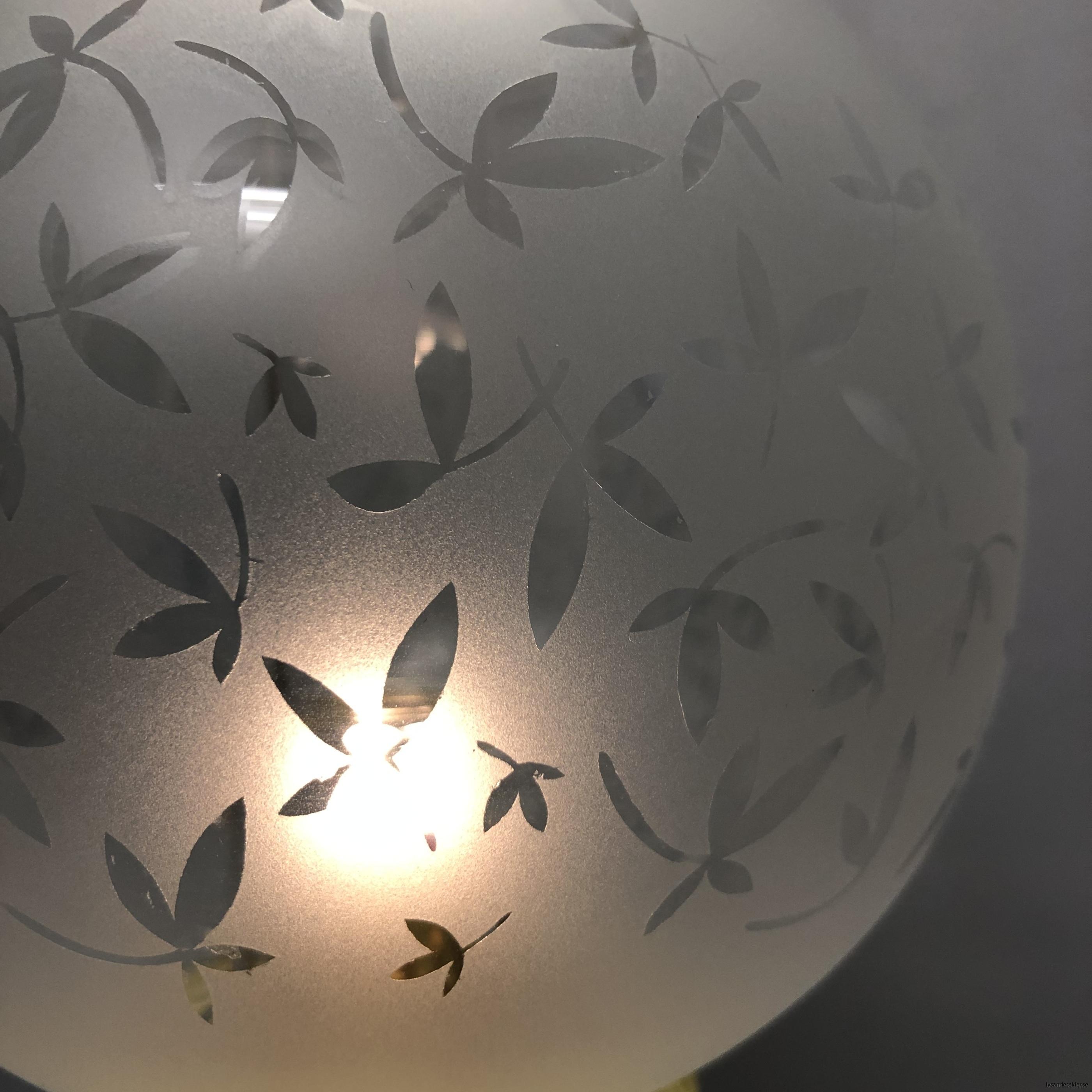 klotkupa liten frostad ornamenterad med blad8