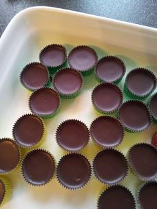 Nyttigare ischoklad med ekologisk kokosolja och utan vitt socker