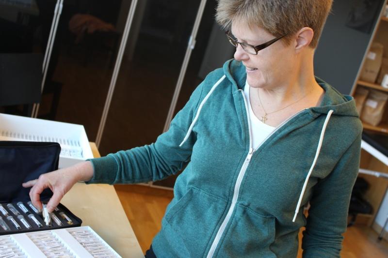 På Naturkliniken i Laholm, södra Halland ger jag komplementärmedicinska behandlingar med biopati, kinesiologi, öronakupunktur