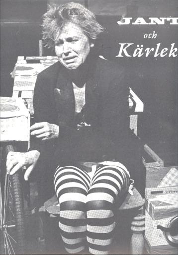 """Lis Hellström på sin """"alltiett-stol""""."""