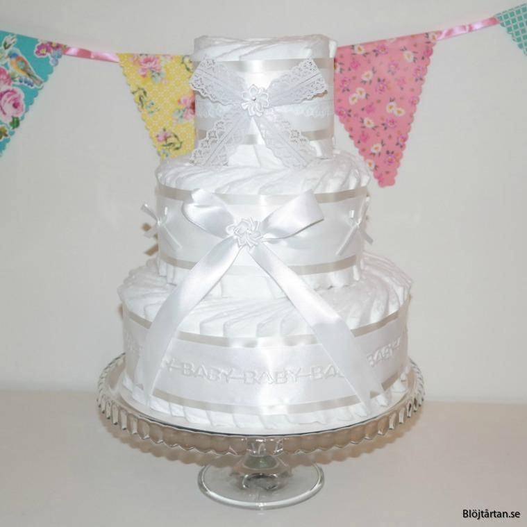 blöjtårta diapercake könsenutral vit