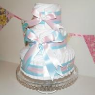 Blöjtårta Rosa/Blå med plats för gåvor