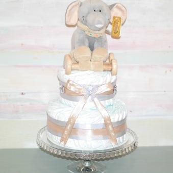 Blöjtårta med dragelefant, beige/grå - 2-5 månader Pampers baby dry stl 3