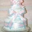 Blöjtårta Rosa/Blå med plats för gåvor - 2-5 månader Pampers, den ska ges bort utan gåva på toppen