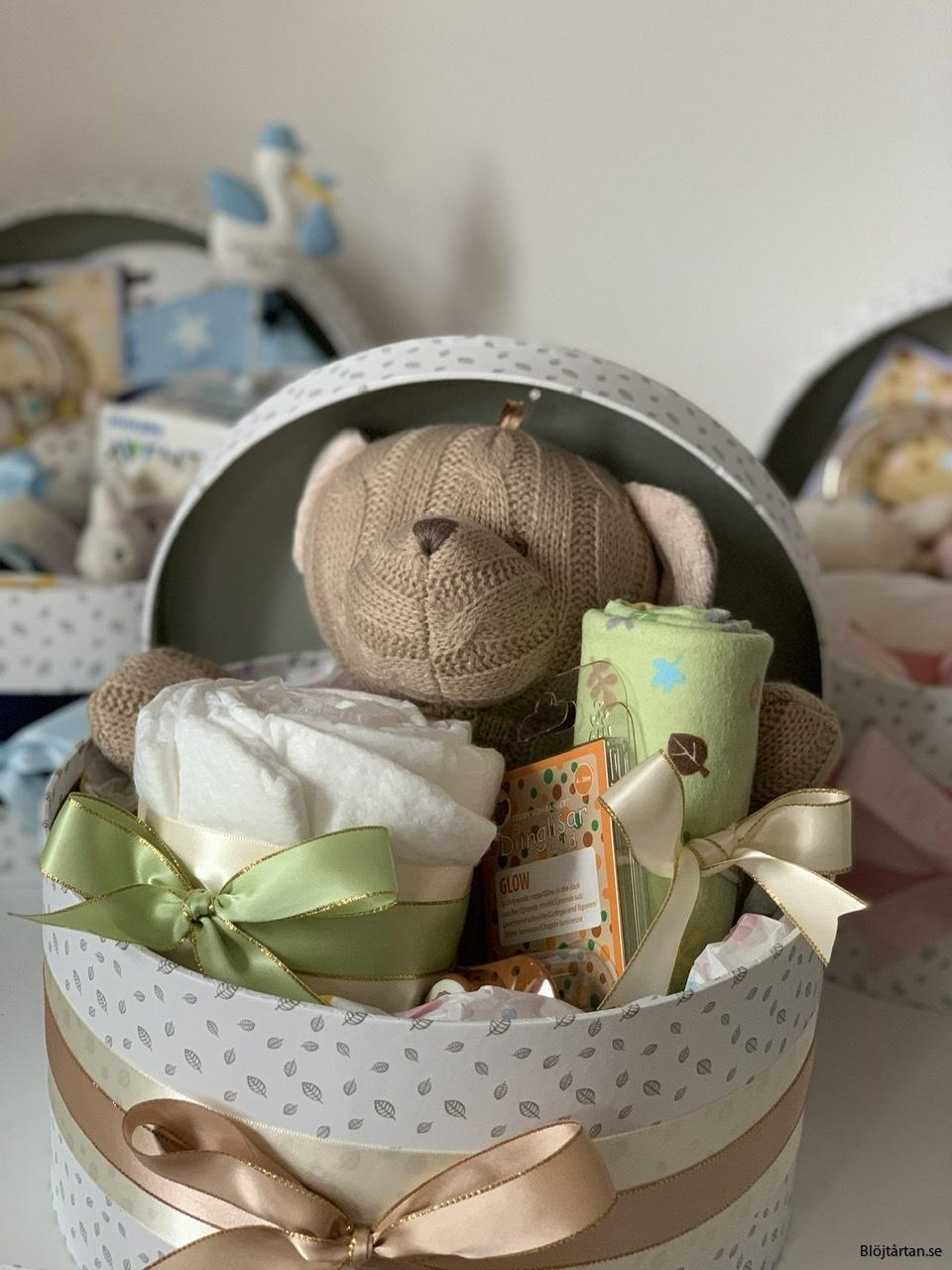 BABYBOX, en presentbox till babyn, neutral beige/brun