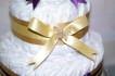 Blöjtårta lila/guld med libero touch