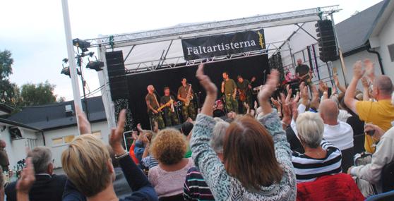 Fältartistkurs i Höllviken med spelning.