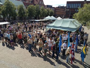 Närmare 250 personer deltog i marschen genom Halmstad 2014