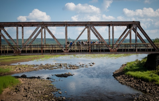 Den gamla järnvägsbron i Luppio passerade 31 augusti. Foto: Kim Svensson