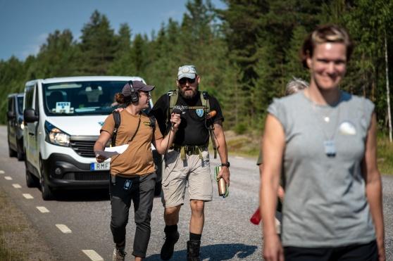 LG Nyholm blir intervjuad av P4 Norrbotten. Foto Kim Svensson