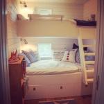HItta Hem, gästrum med våningssäng och sänglådor