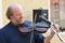 Pehr Falkenström spelar på Carl Viktor Rulins fiol