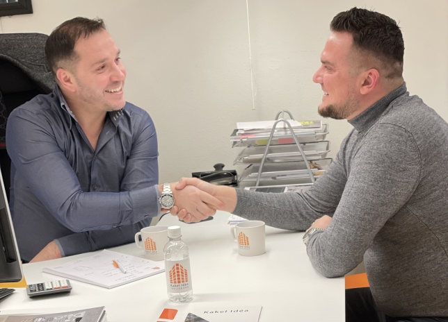Suad Balic , VD Kakel idéa i Trelleborg AB och Fatmir Skrijelj, sportchef i BHSK