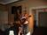 Levande musik av trubadur som under höll