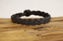 Plattflätat svart läderarmband - Eget mått i cm