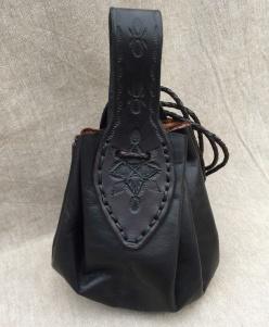 Black Beauty - leather pouch