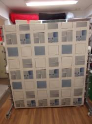 Gardintyg - Blå rutor på linfärgad botten
