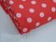 Finspårig babycord manchester Välj färg - Ljusrosa prick på hallonröd botten