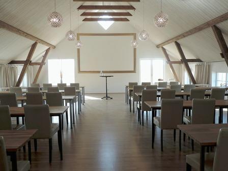 Konferens & dagkonferens i konferensrum HIsspelet på Lögnäs Gård, Halland
