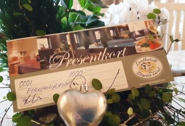 Ge bort ett presentkort på en skön spaupplevelse! Upplev &  njut på Hotel & SPA Lögnäs Gård, ett charmigt & annorlunda spa på landet mellan Laholm & Båstad. Presentkort ...