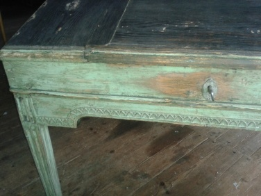 """Twin writing desk.  See more pictures on next page """"Bilder/Pictures""""!"""
