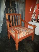 Gustaviansk karmstol för hund