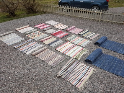 """Swedish handmade rugs. More pictures on next page """"Bilder/Pictures""""!"""