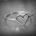 Trådarmband m hjärta
