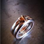 Dubbel smidd ring med hjärta av guld Artnr: pris vid beställning maila kontakt@rolisilverdesign.se