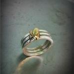 Trippelring med hjärta av guld Artnr: pris vid beställning maila kontakt@rolisilverdesign.se