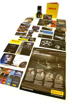 Affischer, broschyrer, annonser, pärmar mappar och mycket mer. Vi kan hjälpa er med utformningen för det mesta som går att trycka på.