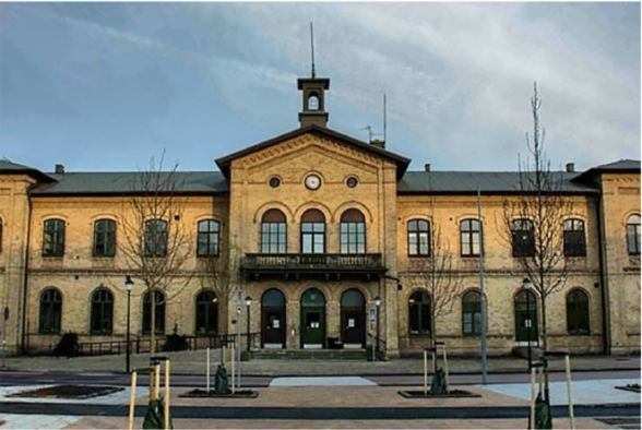Det är i det gamla stationshuset i Skåne som Hemslöjden Skåne har sitt säte. Härliga lokaler mitt i stan. Huset kommer att bli centrum för konferensen i maj.