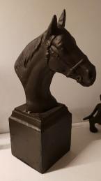 Horse bust -