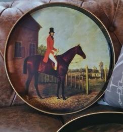Brickor - Bricka brun häst