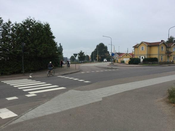 Trafiksäkerheten vid cykelöverfarten är en av sakerna som behöver förbättras på Sandgatan.