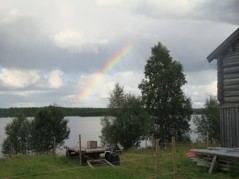 Regnbåge på sommarens sista bild...