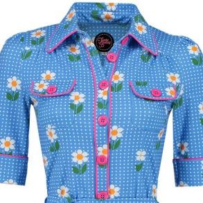 Betsy Daisy blue, Tante Betsy - M