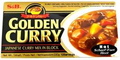 S&B Golden Curry Hot 220g