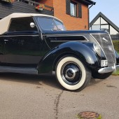 Ford 37 Deluxe Club Cabriolet - Martin Kaldner