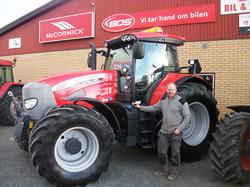Bild på Rickard Åberg och hans nya McCormick X70.80
