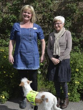 Matte Carina Bouvin Fiffi och enhetschef Ingrid Svensson