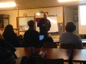 Tomas Steffensen  är föreläsare